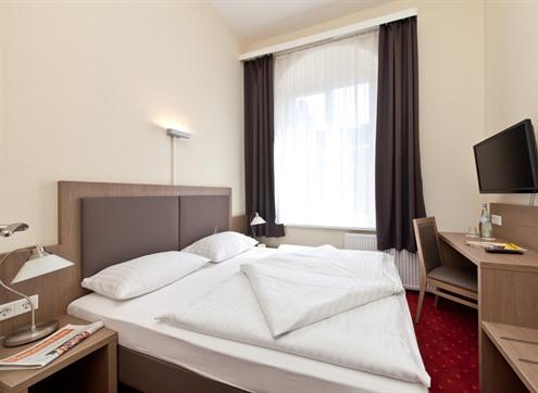 Novum Hotel Holstenwall Queensize