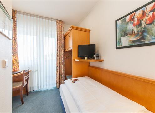 Novum Hotel Flora Economy