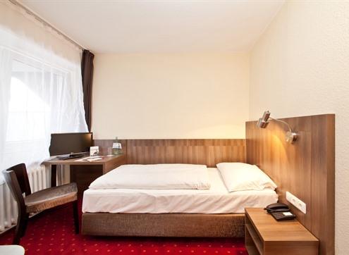 Novum Hotel Leonet Economy
