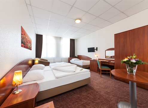Novum Hotel Hamburg Family room