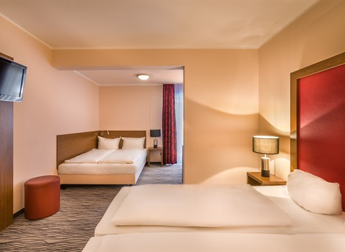 Hotel Dresden Airport Family room