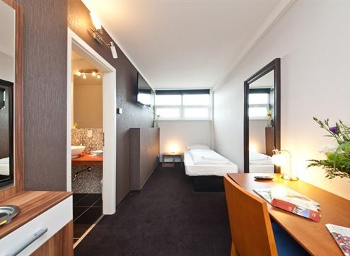 Novum Hotel Aviva Economy