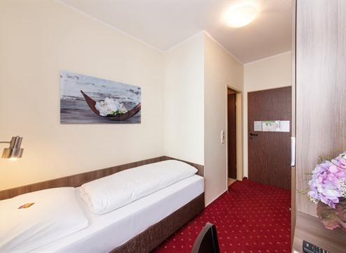 Novum Hotel Leonet Basic