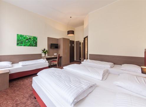 Novum Hotel Maxim Family room