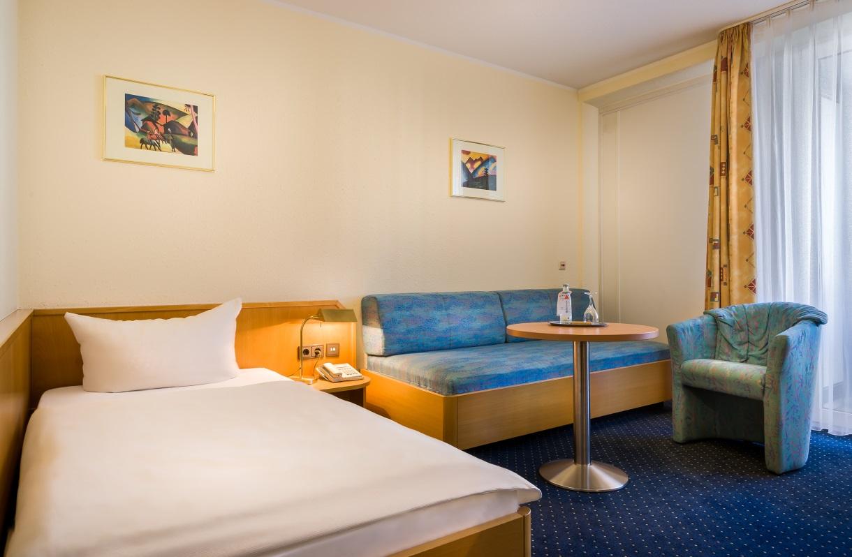 acora Hotel und Wohnen Bonn Standard Single Room